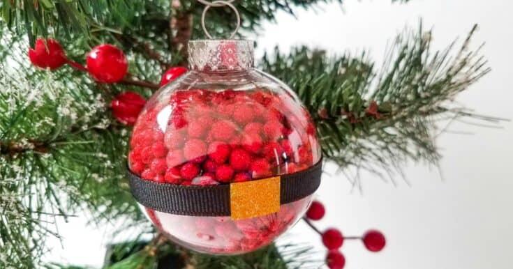 Cute and Easy Santa Ball Ornament Craft