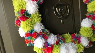 How to Make a Colourful Pom Pom Wreath