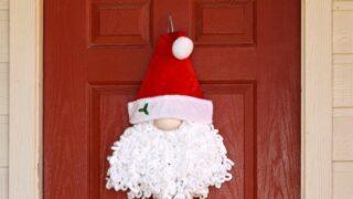 DIY Loopy Yarn Christmas Santa Wreath