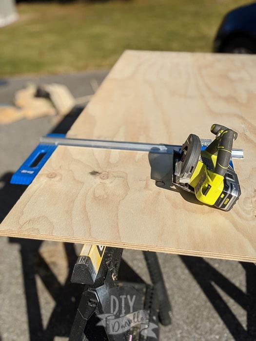 "Kreg Rip Cut tool to help cut 20"" shelves with circular saw."
