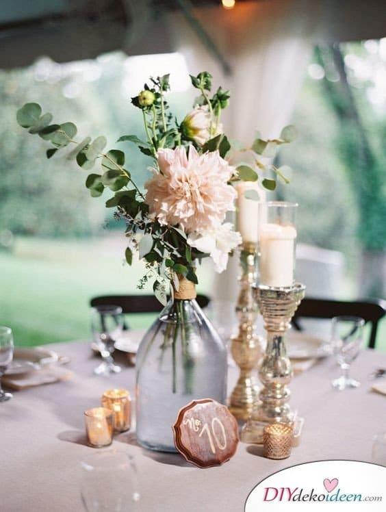 Hochzeit Dekoration Tisch Im Garten Blumenschmuck Kerzen Im Stil