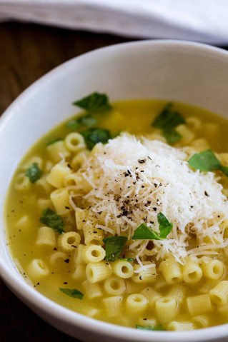 Meals to make in a hurry. Pasta and broth.