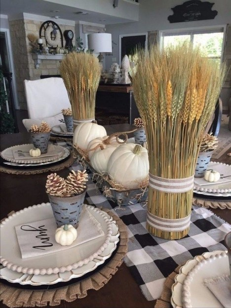Thanksgiving decorations: Metal and wheat