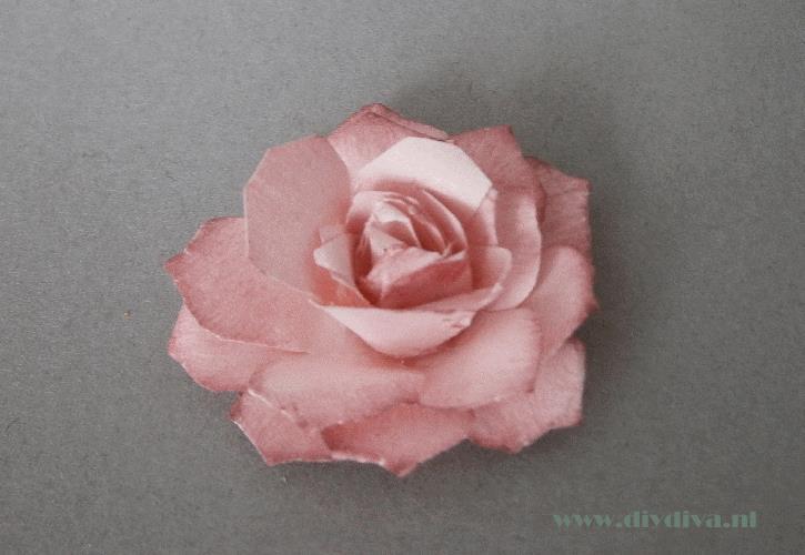 papieren roos maken diydiva