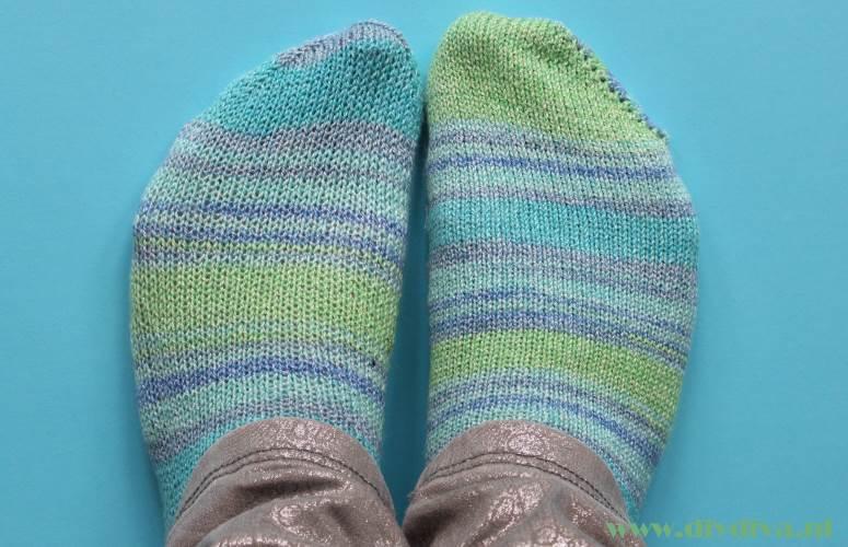 breimachine sokken groenblauw Katia diydiva