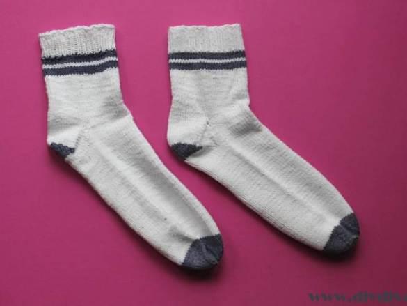 Eerste keer: sokken met ingebreide kleur