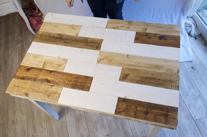 renover une table en bois diy family