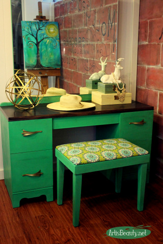 Emerald Green Vanity Makeover - by Art is Beauty