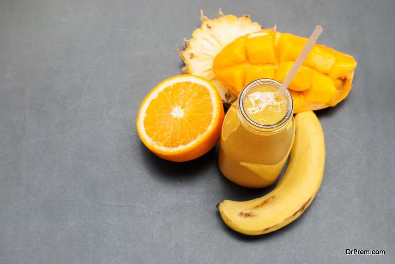 A-pineapple-orange-smoothie