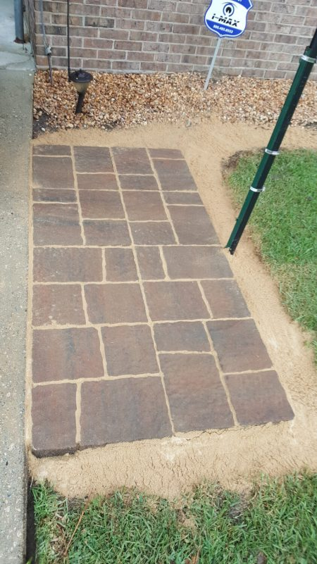 grill zone with patio pavers