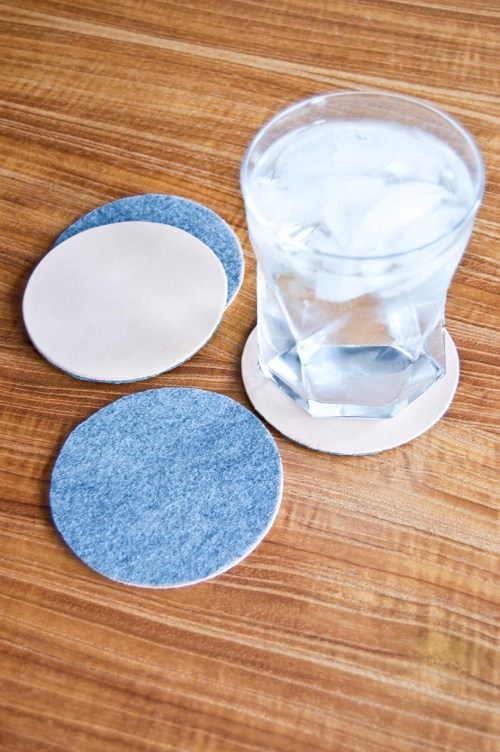 Make reversible leather and felt coasters #DIY #GiftIdea