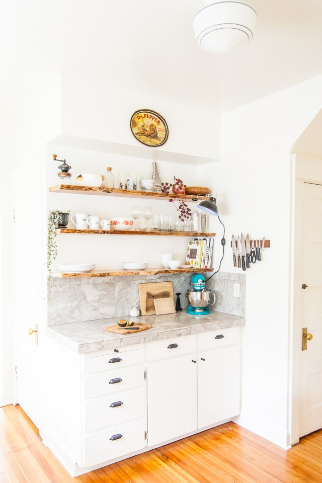 Kitchen open shelves with floating live-edge wood