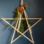Make an easy DIY star holiday decoration