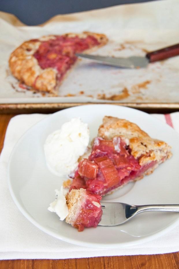 raspberry rhubarb crostata recipe
