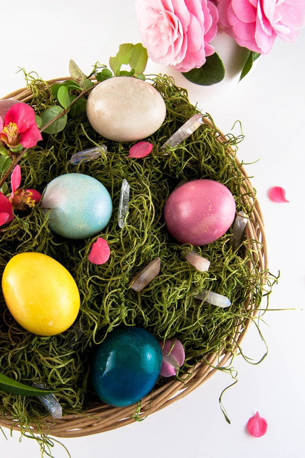 easter eggs with natural dye