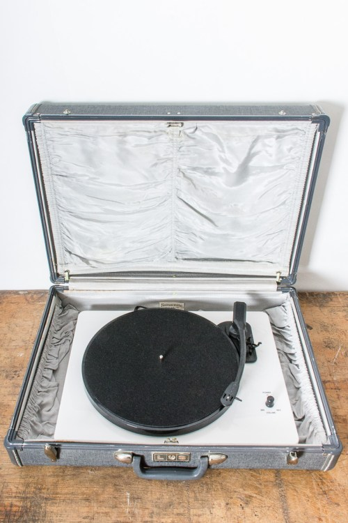 How to convert a suitcase to hold a record player