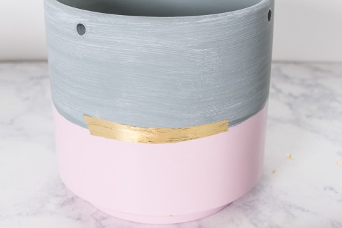 Pink and gold-leaf hanging planter DIY
