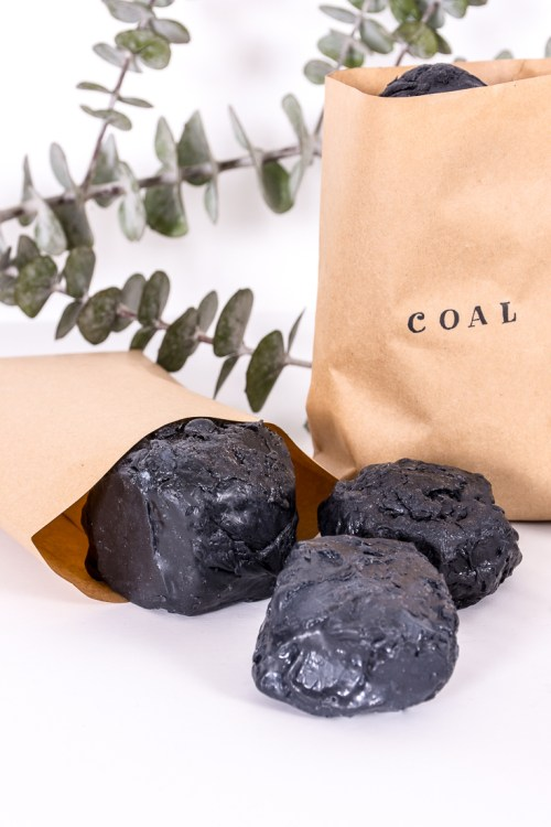 Make this lump of coal soap for that person who made it onto the naughty list this year. #DIY #gift #holidays #Christmas #soap #DIYGift
