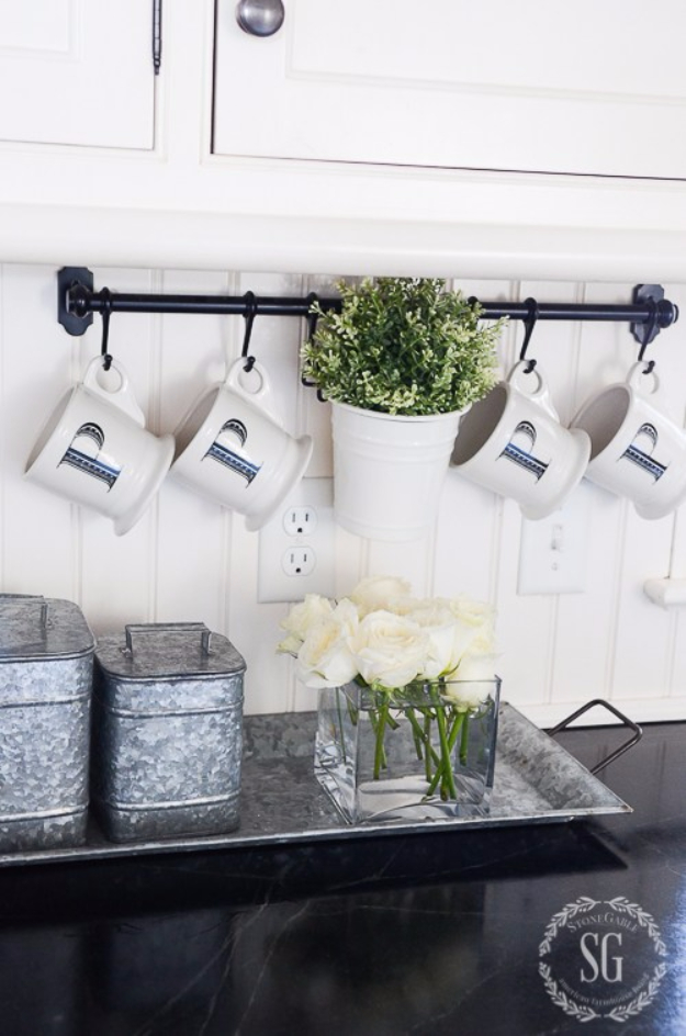 31 Diy Farmhouse Decor Ideas For Your Kitchen