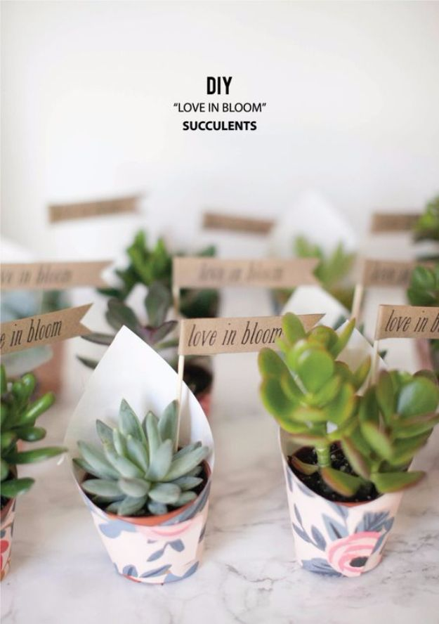 31 Brilliantly Creative Wedding Favors You Can Make For