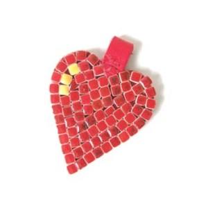 Kožený prívesok v tvare srdca
