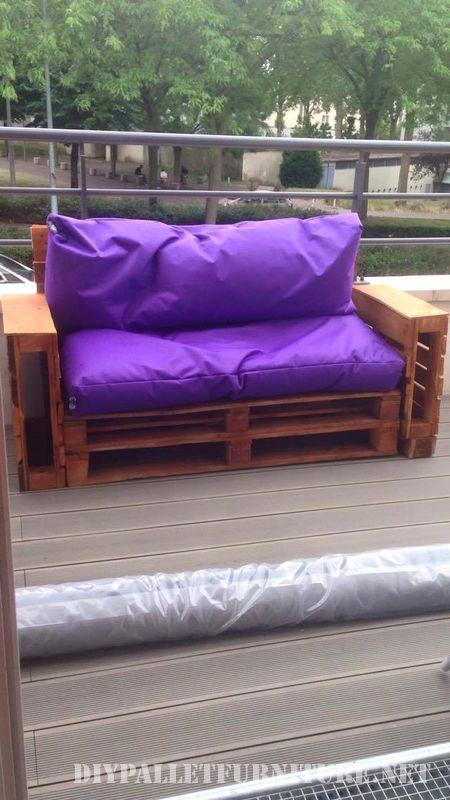 Purple Sofas For Your GardenDIY Pallet Furniture DIY