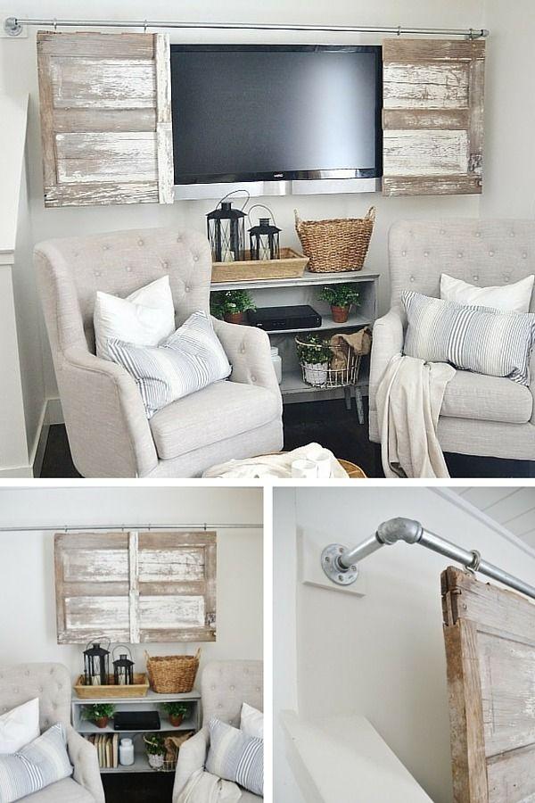 Un DIY avec une porte de grange pour cacher le coin TV  www.homelisty.com......