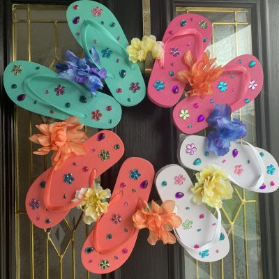 picture of a flip-flop wreath