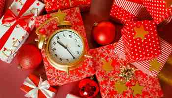 Christmas: big red gift box with red alarm clock | Our Last Minute Gift Ideas For Christmas | Creative Christmas Gifts | Featured