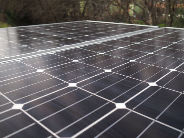 Off-Grid Solar Survival: Top 5 Things to Consider Before Diving In