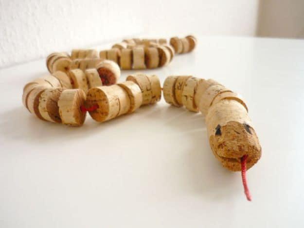 Cork Snake Toy   Impressive Ways To Reuse Wine Corks