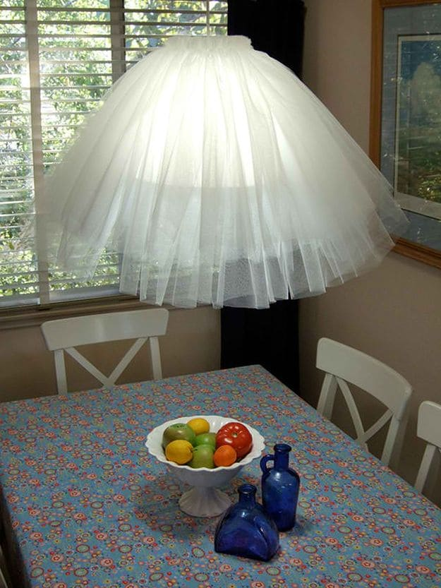 Tulle Pendant Lamp | DIY Pendant Lighting Projects
