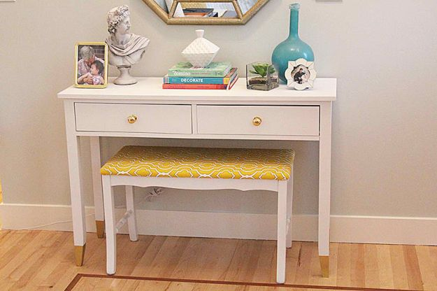 Upcycled Thrift Store Bench | DIY Teen Room Decor Projects