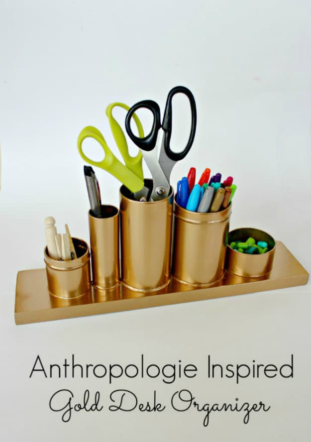Anthropologie Knock-off: Gold Pencil Holder | Nifty DIY Desk Organizer Ideas To Keep You Productive