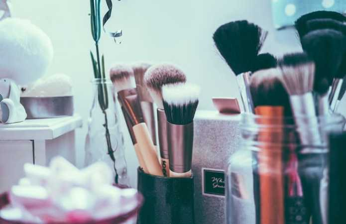 11 Diy Makeup Brush Cleaner And Other Handy Cleaning Hacks