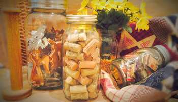 Gifts In A Jar That Are Oh So Cute And Easy To DIY | gifts in a jar soup recipes | Featured