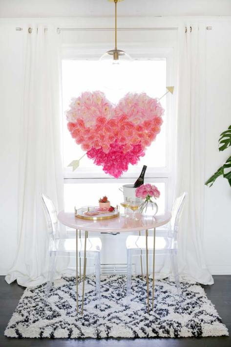 Pink DIY Room Decor Ideas - DIY Hanging Flower Heart - Cool Pink Bedroom Crafts and Projects for Teens, Girls, Teenagers and Adults - Best Wall Art Ideas, Room Decorating Project Tutorials, Rugs, Lighting and Lamps, Bed Decor and Pillows http://diyprojectsforteens.com/diy-bedroom-ideas-pink