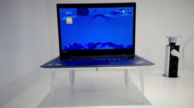 DIY Modern Dizüstü Bilgisayar Standı