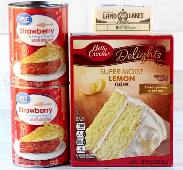 Crockpot Strawberry Lemonade Dump Cake