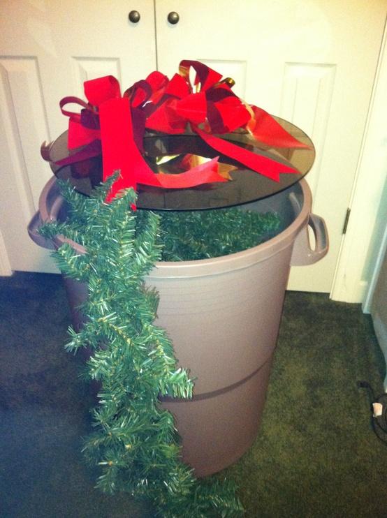 15 Smart Ways For Storing Amp Organizing Christmas Decorations