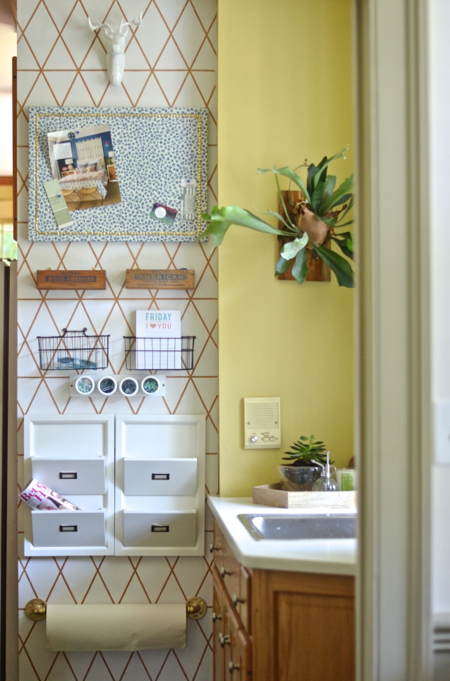 10 Amazing Diy Household Command Centers