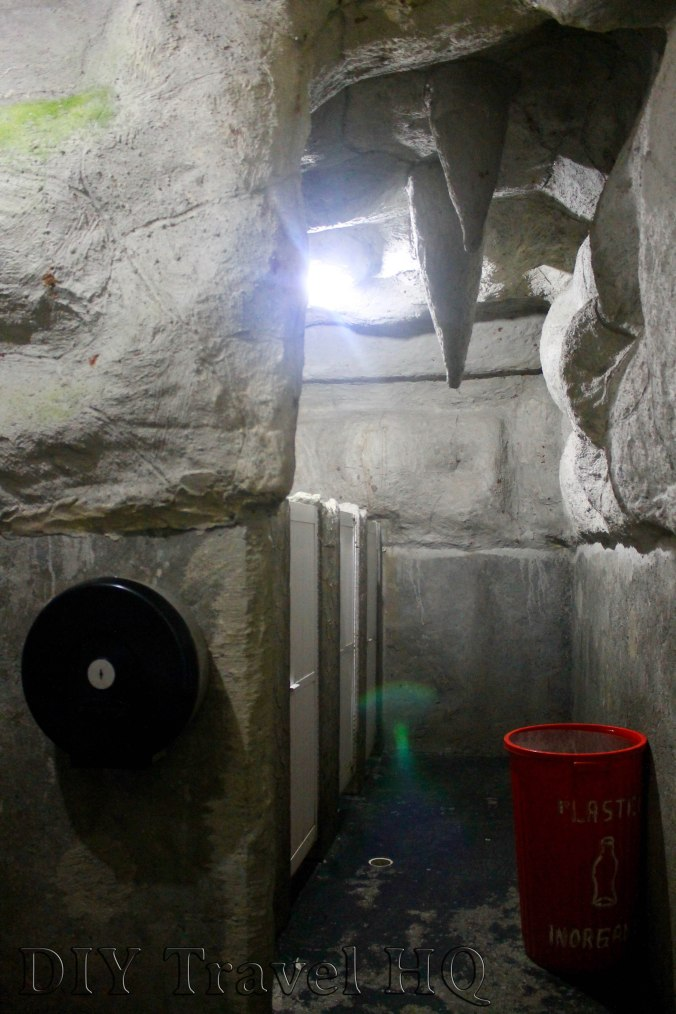 Toilets at Grutas de Cacahuamilpa