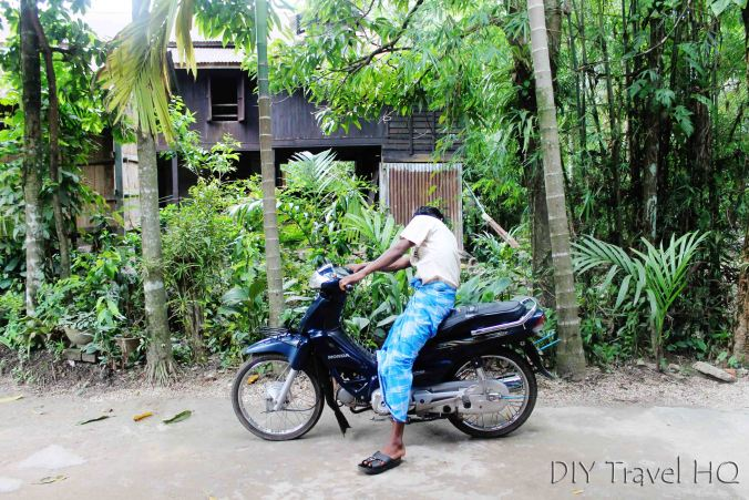 Motorbike guide on Ogre Island