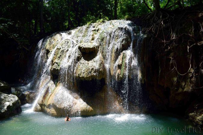 Finca el Paraiso Soaking in Hot Spring Waterfall