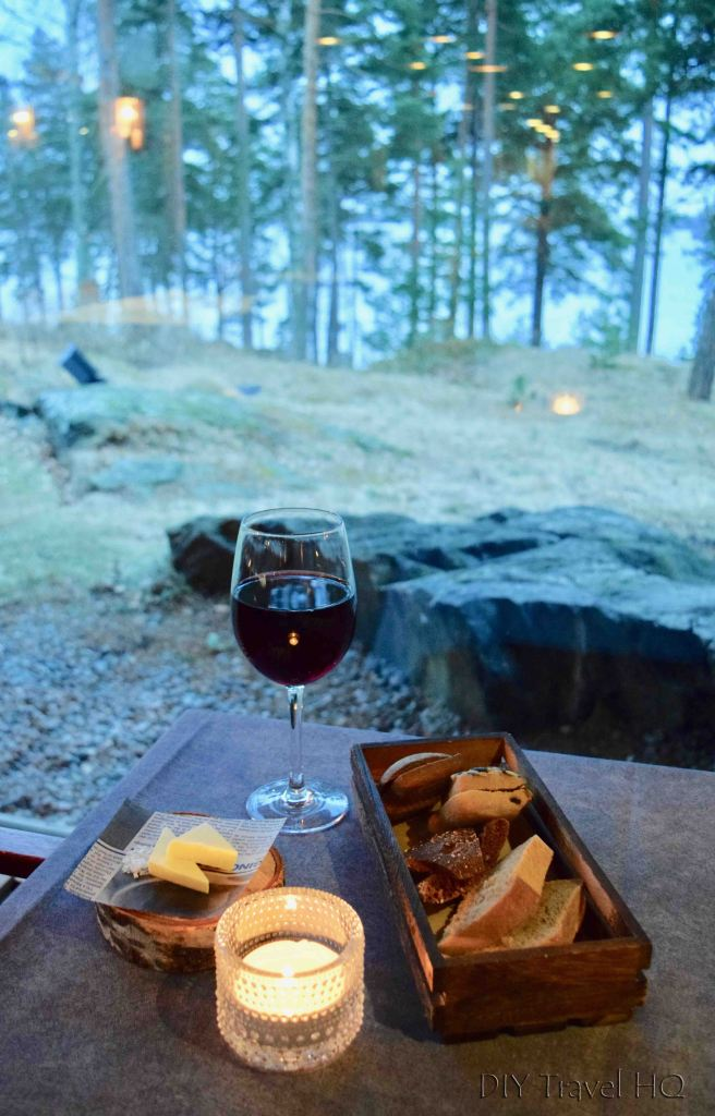 Wine & bread at Hotel Rantapuisto