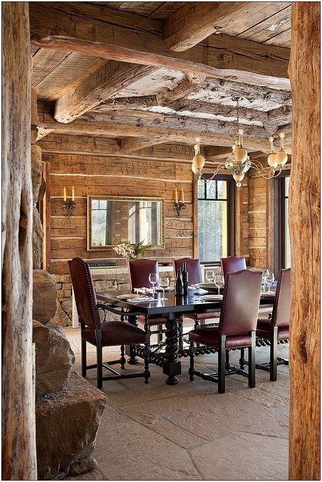 La combinación de lujo con elementos de chozas de madera clásicos.