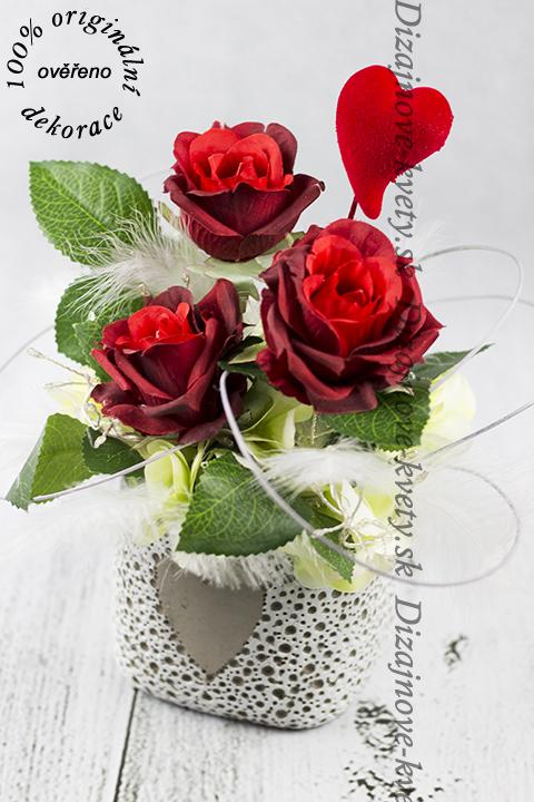 Ruže s LED osvetlením nádherná kombinácia ako darček