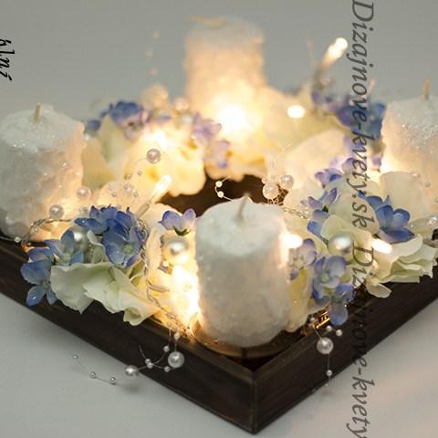 Luxusné adventný bezpečný svietnik svieti bez ohňa