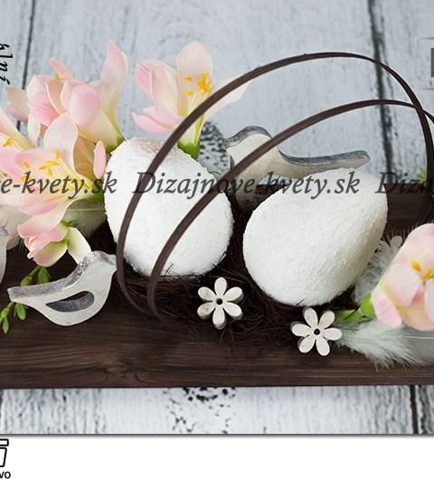 Jarné kvety ružové frézie