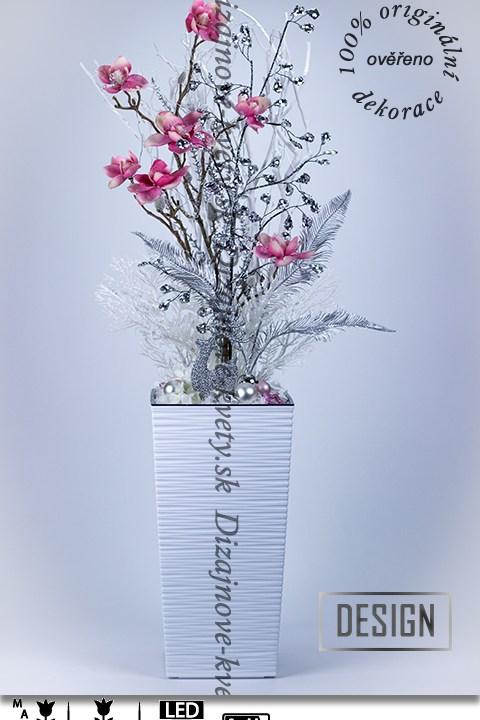 vianočný, kvetinové aranžmá, magnólia, LED osvetlenie